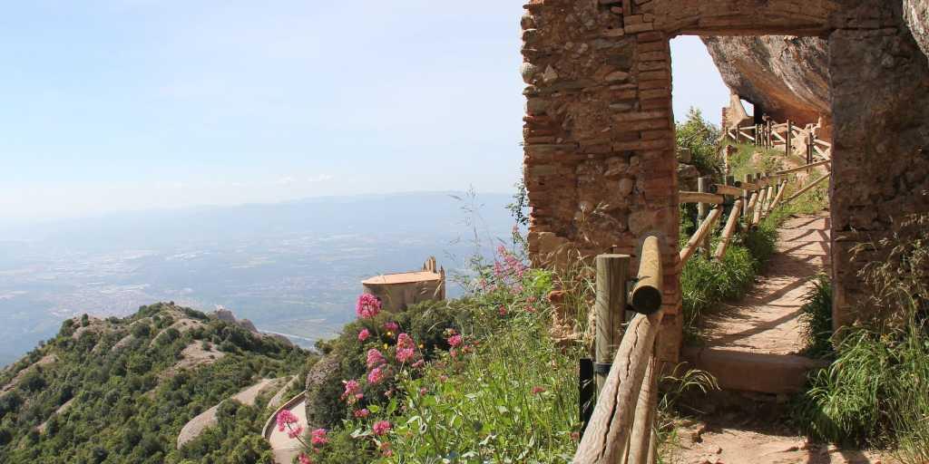 Wandern in Katalonien - Montserrat, Barcelona und die Küste erleben