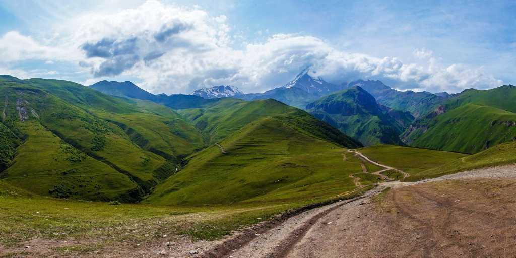 Wandern in Georgien - zu Fuß an der Nahtstelle von Europa zu Asien