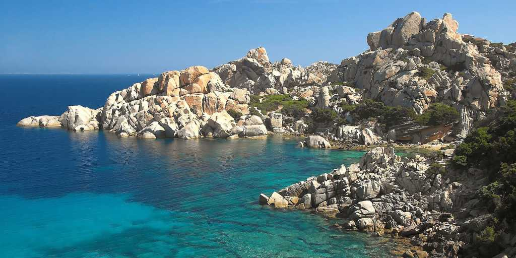 Wandern ohne Gepäck auf Sardinien