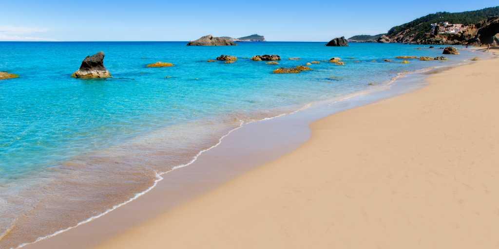 Ibzia & Formentera: Geführte Wanderungen & Yoga für Singles & Alleinreisende