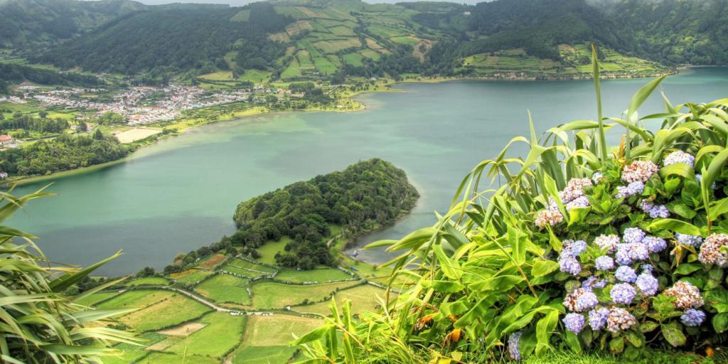 Wandern auf den Azoren 1.000 km westlich von Europa