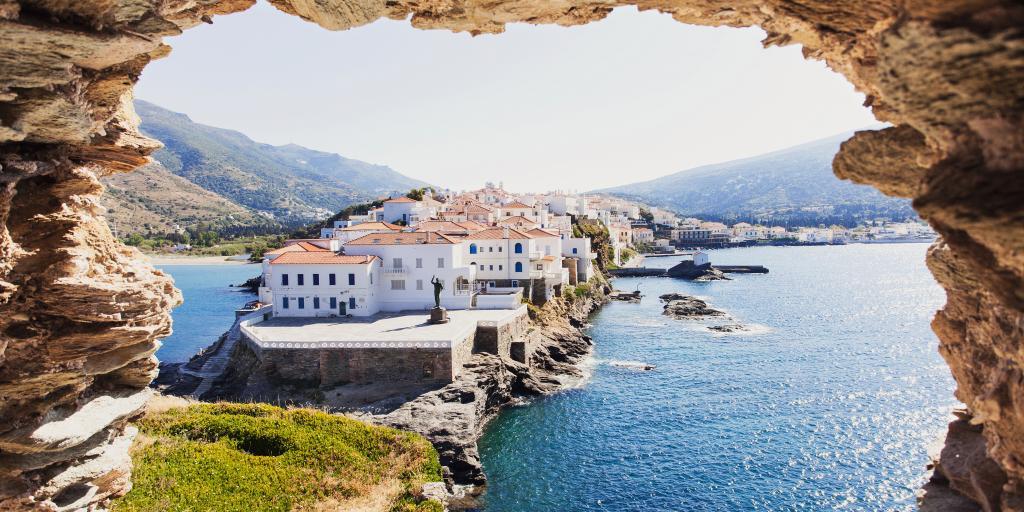Kykladen: Individuell wandern auf Andros & Tinos ohne Gepäck