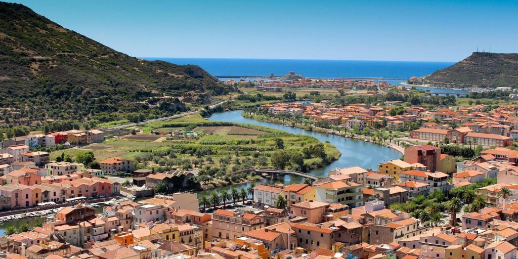 wandern auf Sardinien: Traumstrände, Tempel, Tafelberge