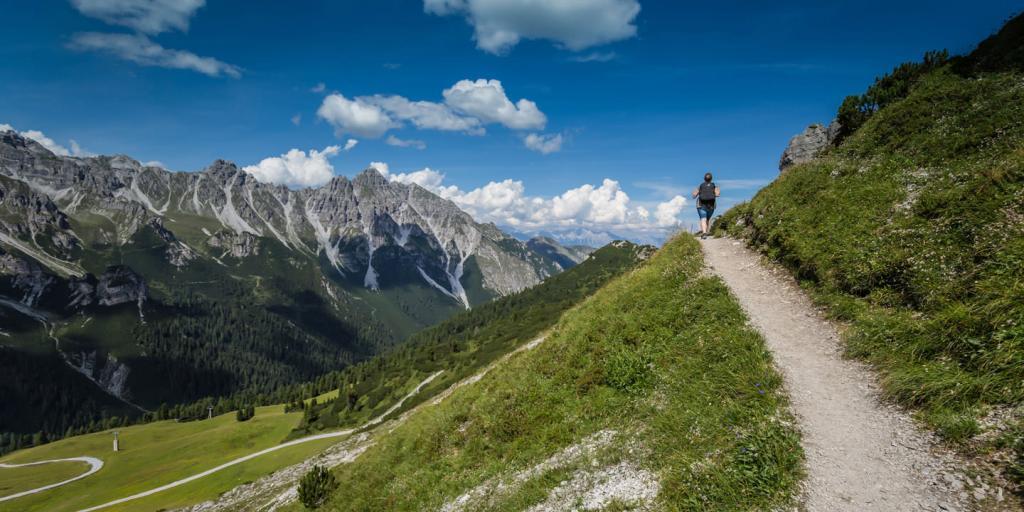Klassische Bilderbuchlandschaft in Tirol – im Stubaital wandern