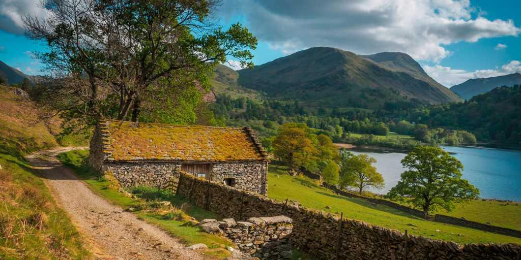 Wandern: Malerischer Lake District und verträumte Yorkshire Dales