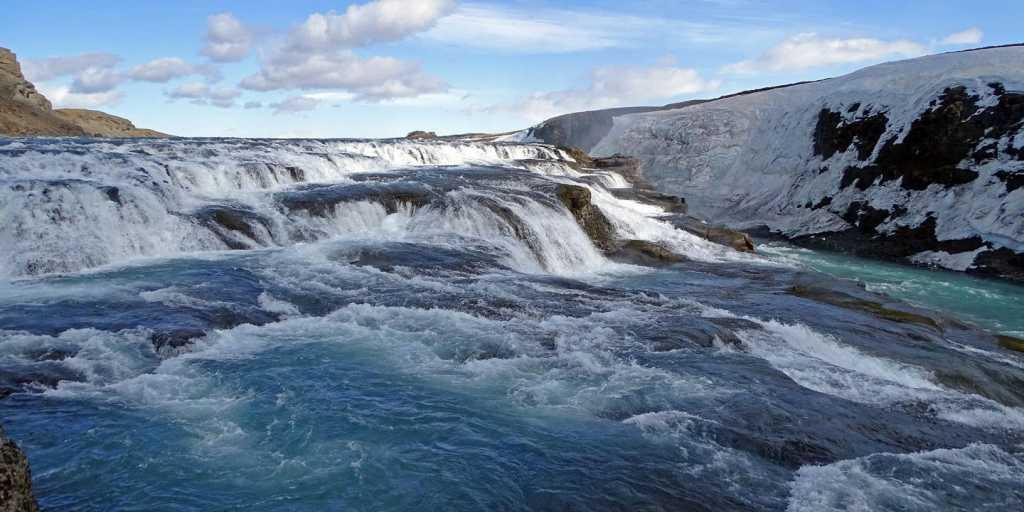 Winterwandern: Silvester in Island: Nordlichter, Wale & heiße Quellen