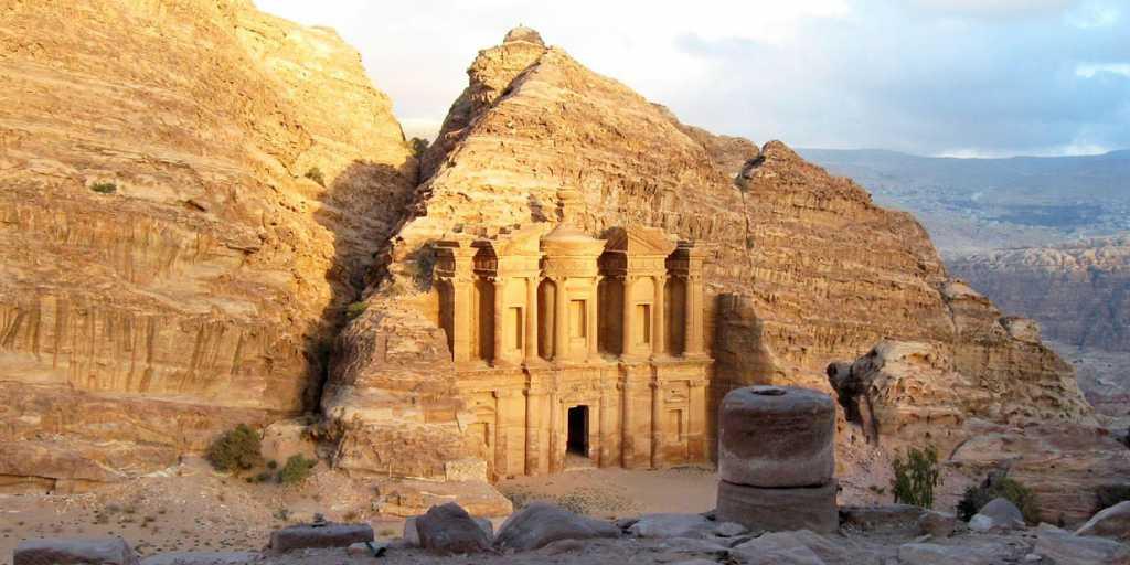 Durch Wüsten & biblische Landschaften in Jordanien wandern
