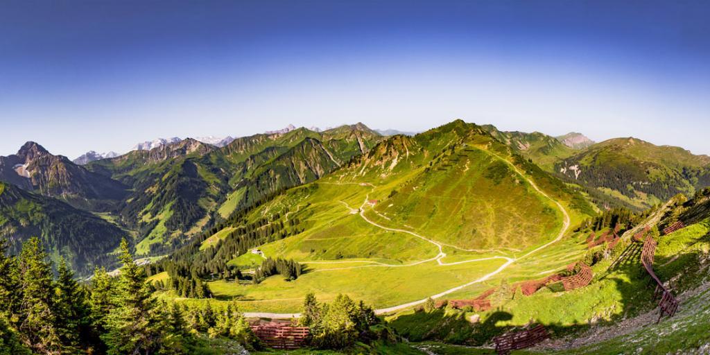 Alpenüberquerung E5 von Oberstdorf nach Meran mit Gepäcktransport!