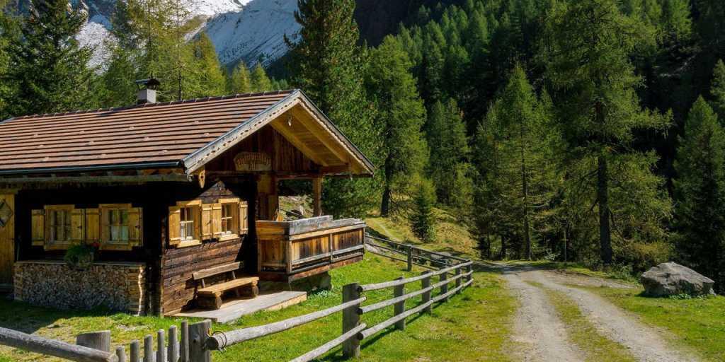 Wandern auf dem Südtiroler Wein- & Almenweg