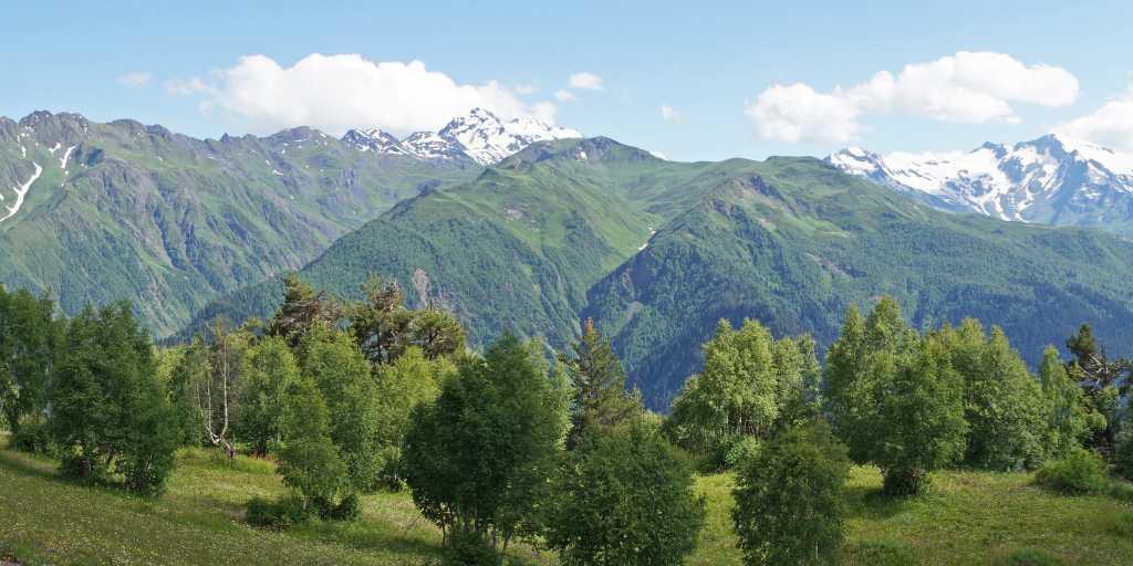 Georgien: Geführte Wanderreise zwischen Kultur und kaukasischer Gipfelpracht