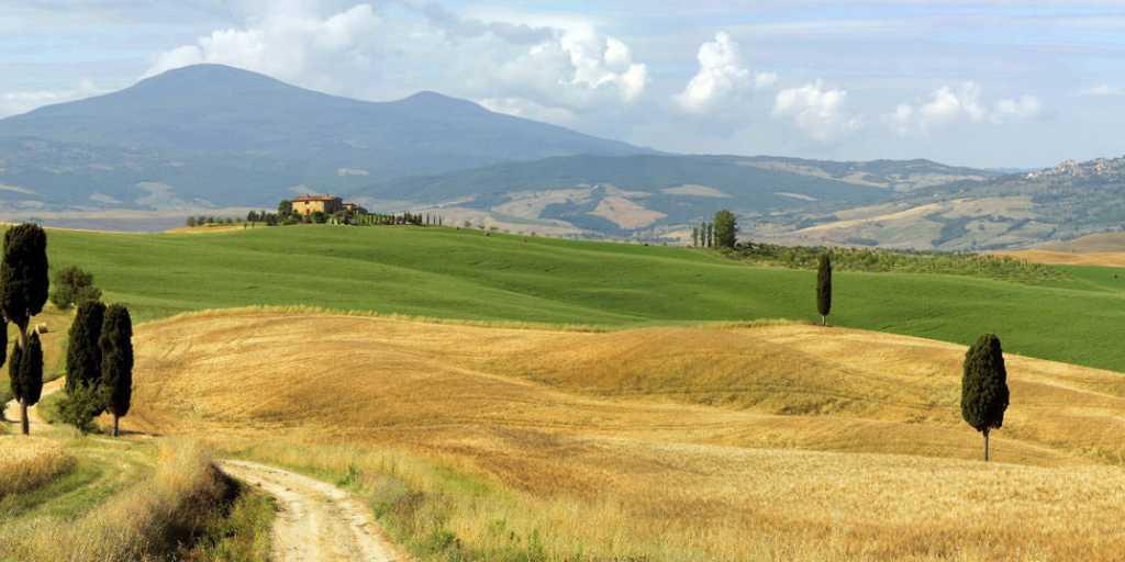 Wandern in der Toskana - zwischen Florenz und Siena im Chianti-Weinanbaugebiet