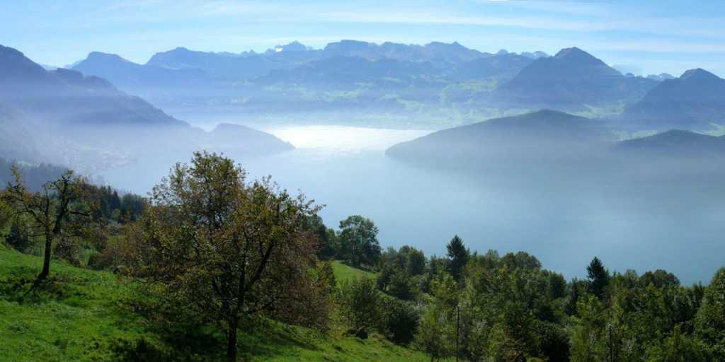 Zentralschweiz: Panoramawandern um den Vierwaldstättersee ohne Gepäck - individuell