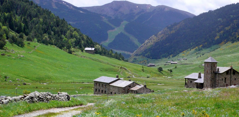 Wandern in Andorra - Naturparks, Hochtäler, Pyrenäen zu Fuß entdecken