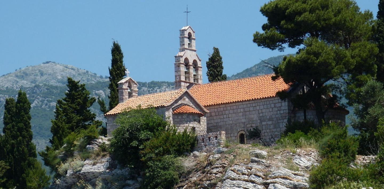 Wandern in Montenegro - Küste und bergiges Hinterland entdecken