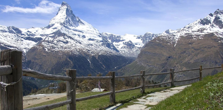 Wandern in der Schweiz - wandern von Hütte zu Hütte