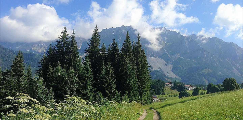 Wandern auf dem Dachstein-Höhenrundweg
