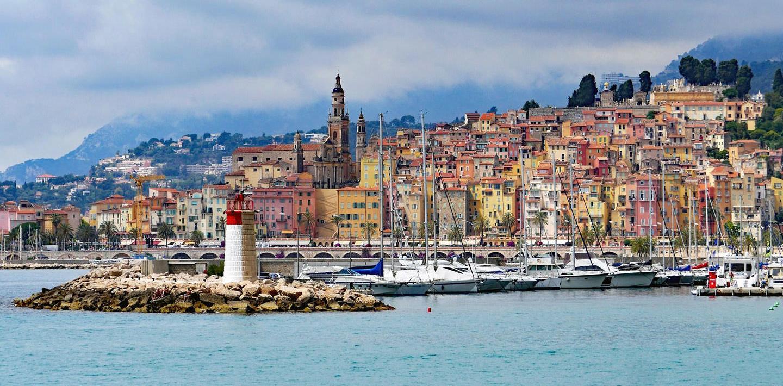 Wandern ohne Gepäck an der Côte d'Azur - Die leuchtende Küste Südfrankreichs