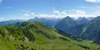 Wandern in Tirol - grenzenloses Wandern von Tal zu Tal