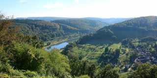 Wandern auf dem Neckarsteig
