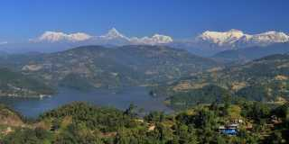 Nepal: Private Wanderreise durch den Staat im Himalaya
