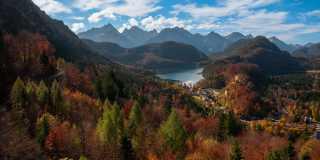 Wandern im Allgäu: Seenzauber und Königsschlösser
