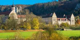 Wandern auf dem Donauberglandweg in der Schwäbischen Alb