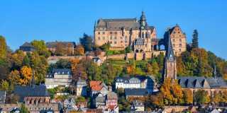 Lahn-Dill-Bergland-Pfad: Individuell wandern ohne Gepäck in 6 Etappen