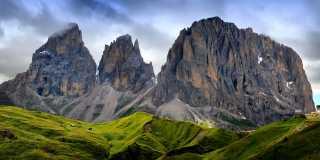 Wandern in den Dolomiten - Berg-und Hüttenwanderung  geführt