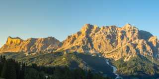 Wandern in Südtirol - Gadertal, Dolomiten erleben