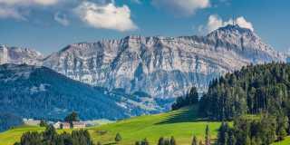 Ostschweiz: Auf den Alpenpanorama-Weg vom Bodensee nach Toggenburg ohne Gepäck