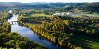 Frankreich: Dordogne Périgord - individuell wandern ohne Gepäck - Die Wiege der Menschheit